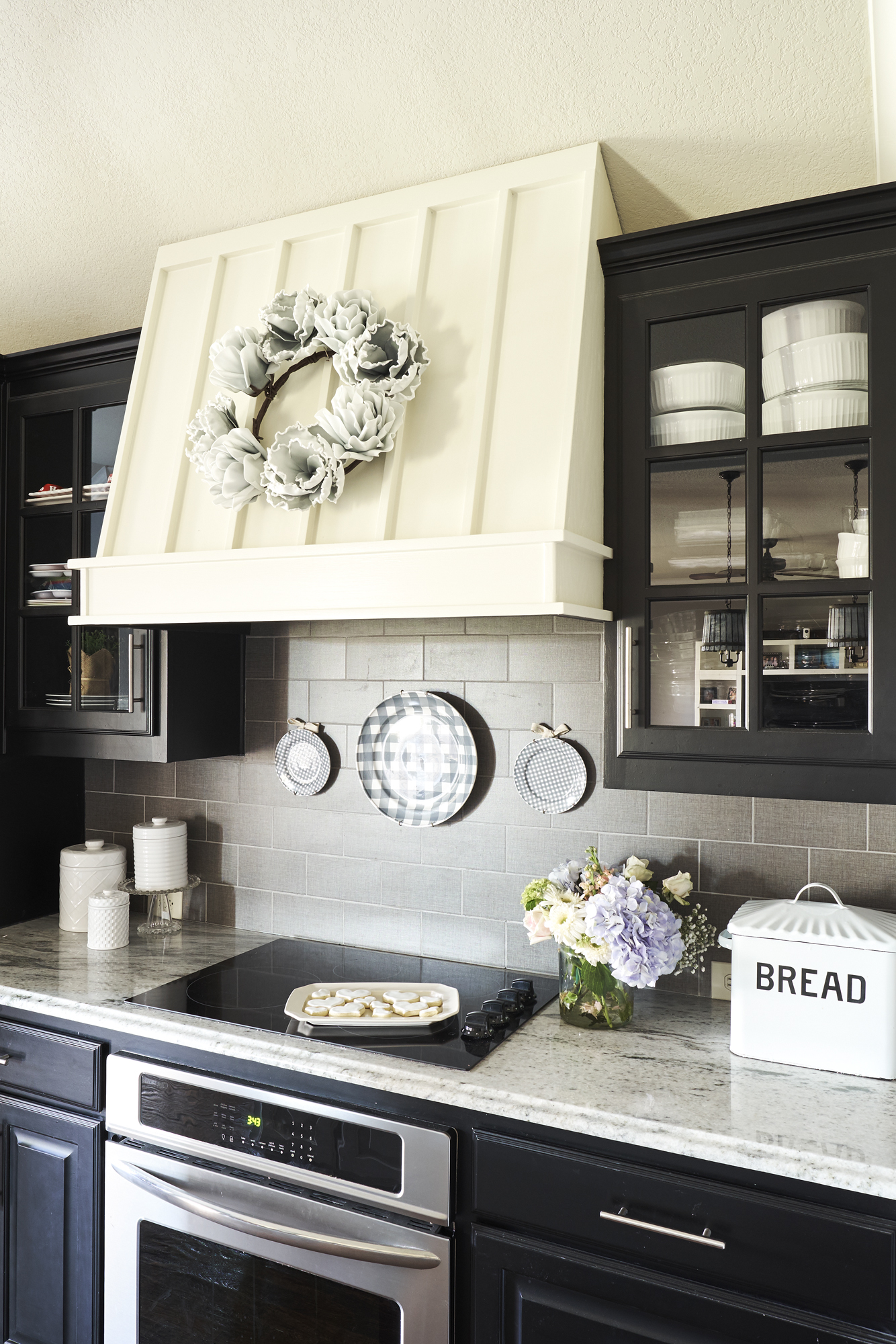 Farmhouse Kitchen – Courtney Warren Home